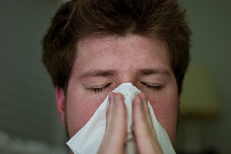 DIY-Hausmittel gegen starken Husten und Schleim in der Lunge.