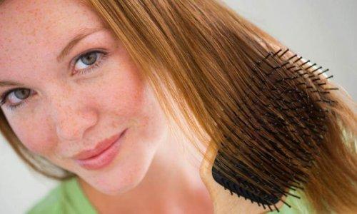 alte Beauty-Tricks pflegen die Haare