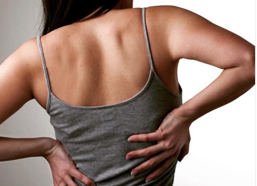 Rückenschmerzen-10 Zeichen dass etwas...