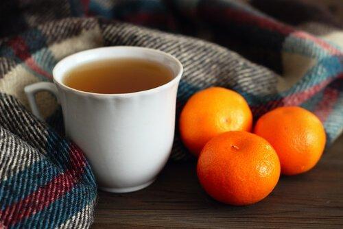 Tee aus Mandarinenschalen als Einschlafmittel