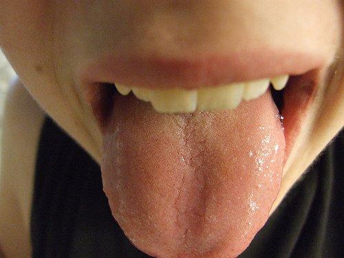 Zunge Mike Burns