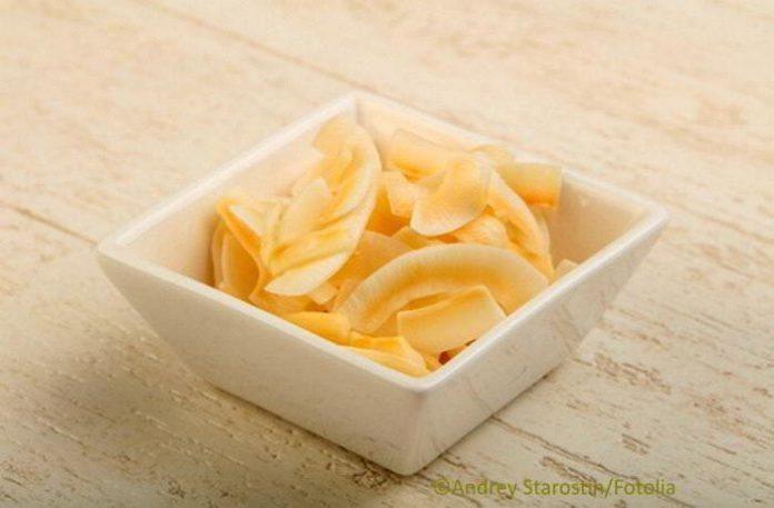 Kokos Chips selber machen, der gesunde Low Carb Snack
