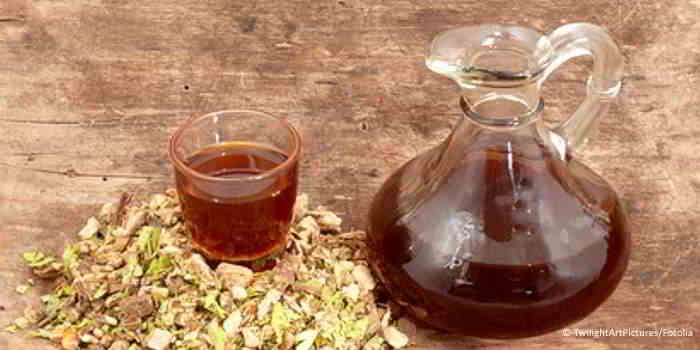 Schwedenkräuter sind ein traditionelle Mischung aus Kräutern und Alkohol.