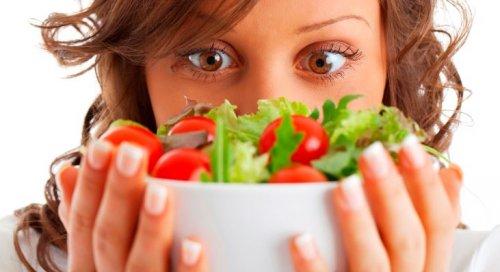 Rezept, um mit einem köstlichen griechischen Salat zu überraschen