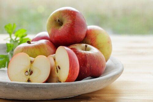 Vorteile des Verzehrs von Apfelschalen zum Abnehmen