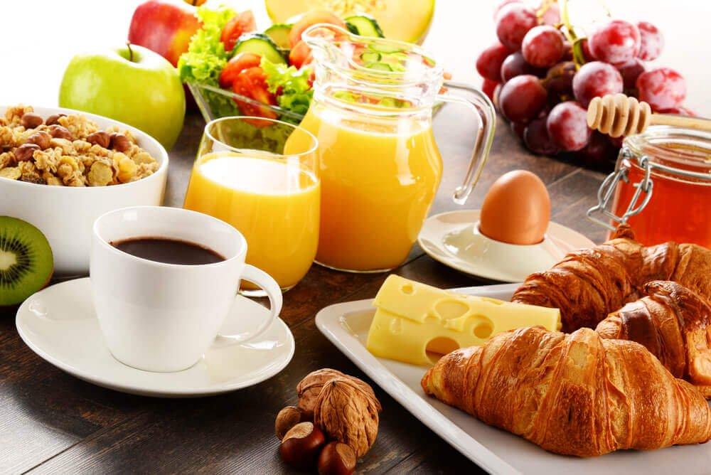 6 Tipps, um Gewicht ohne strenge Diäten zu verlieren