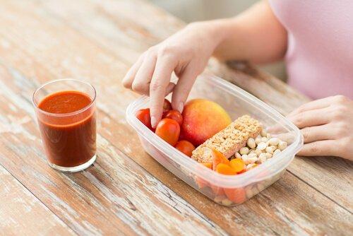 Was sind die grundlegenden Tricks einer Diät, um Gewicht zu verlieren?