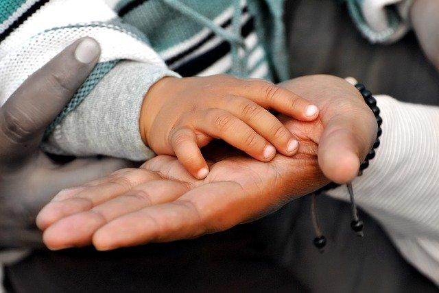 Die Hände, eine große Quelle von Bakterien