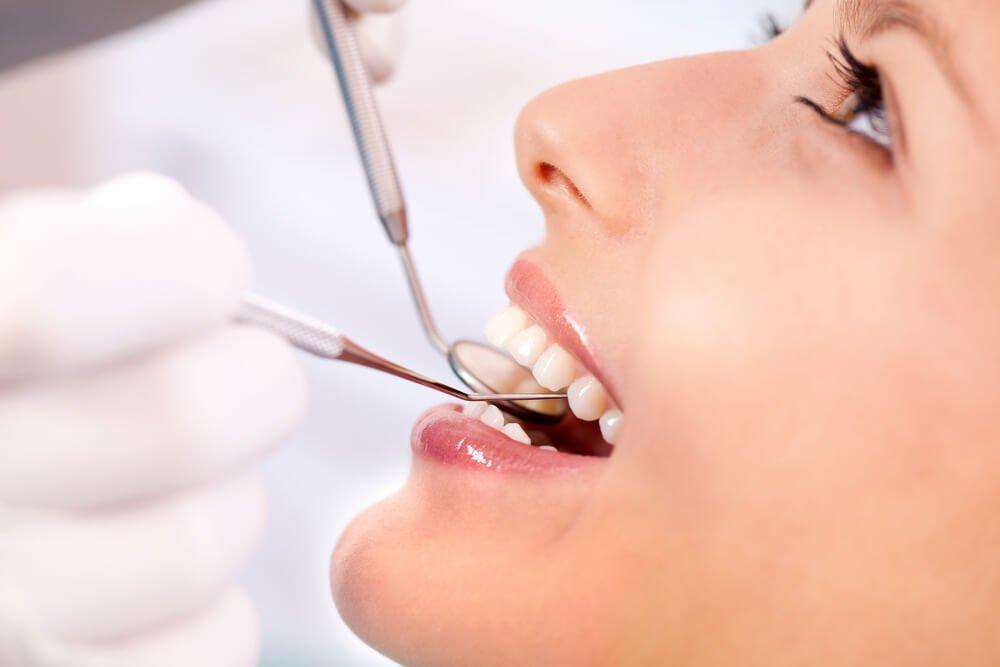 Gingivitis oder Zahnfleischentzündung