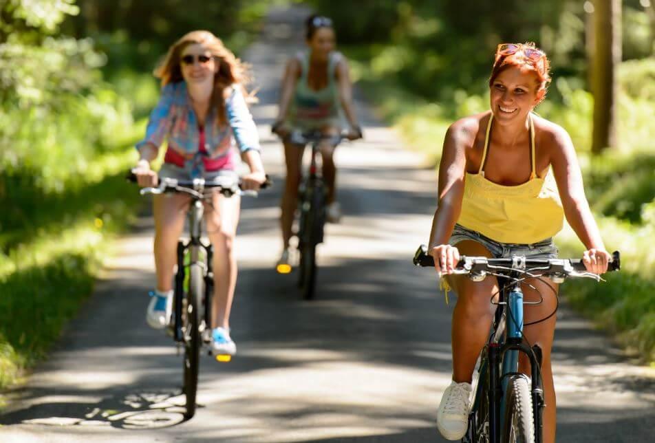 4 beste Tipps, um im Sommer nicht fett zu werden